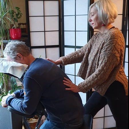 massage haut du dos